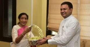 आशाताईंना यंदाचा 'महाराष्ट्र भूषण'